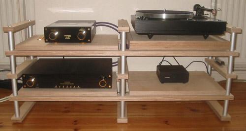 hifi rack selber bauen innenarchitektur hifi rack design ambiznes innerhalb von hifi rack. Black Bedroom Furniture Sets. Home Design Ideas